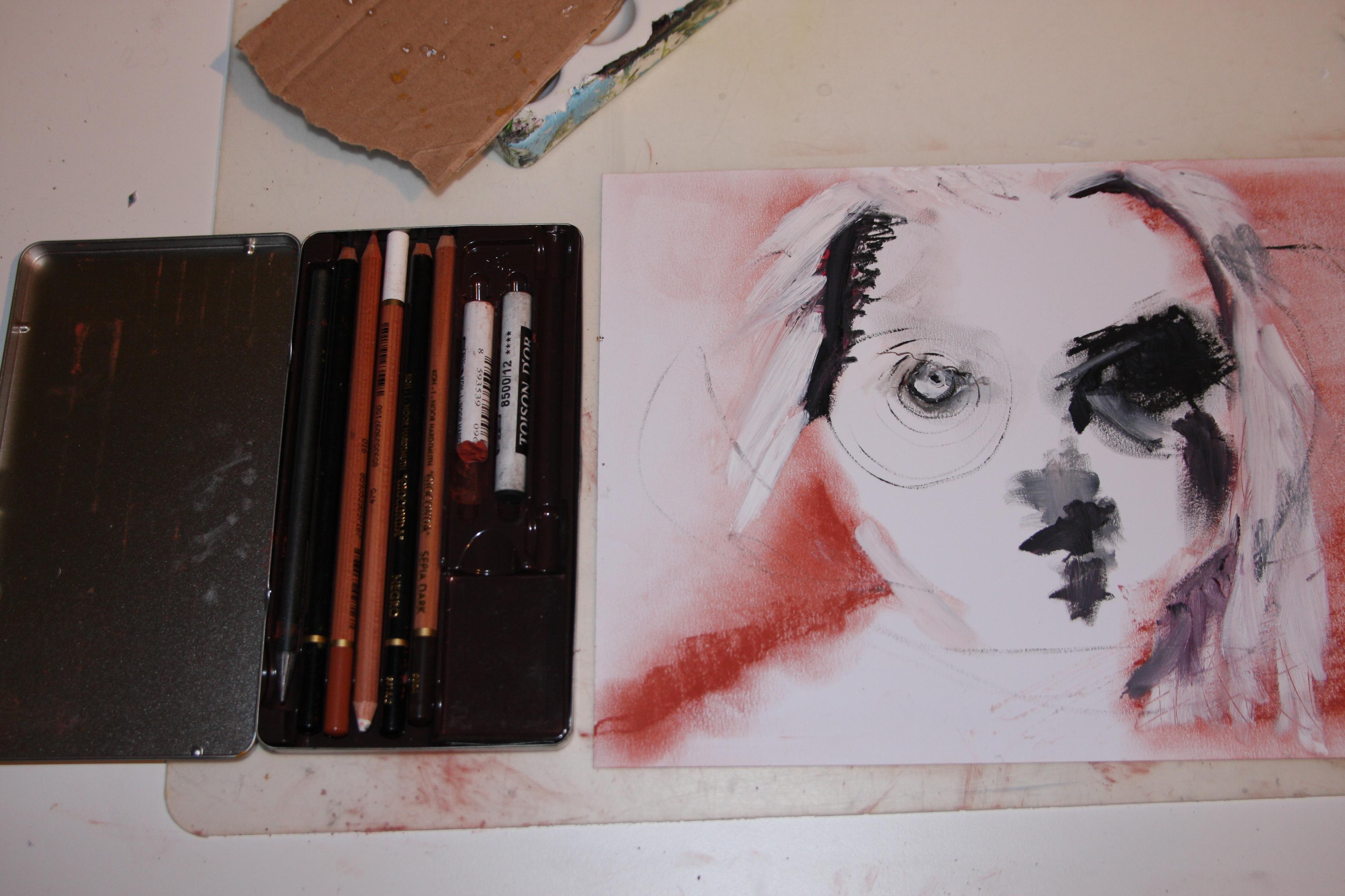 Porträtt gjort med kol, röd krita och olja.